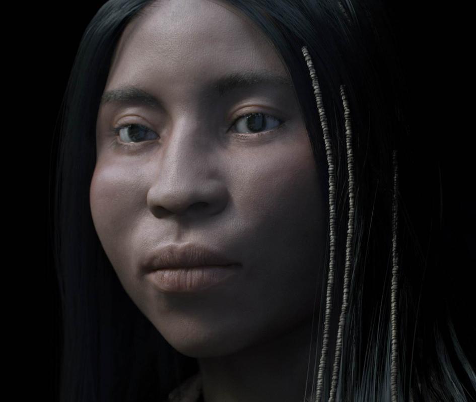 這名年輕女性顱骨周圍發現的小貝珠原先可能裝飾在她的頭髮上。 PHOTOGRAPH BY PHILIPPE FROESCH, VISUAL FORENSIC
