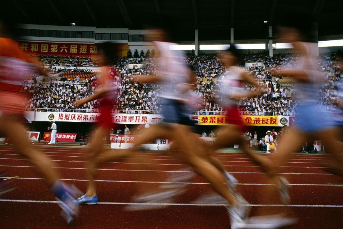 中國希望在不久後就能成為世界田徑場上的常勝軍。這是全國運動會中的比賽。/PHOTOGRAPH BY MICHAEL NICHOLS, NATIONAL GEOGRAPHIC CREATIVE